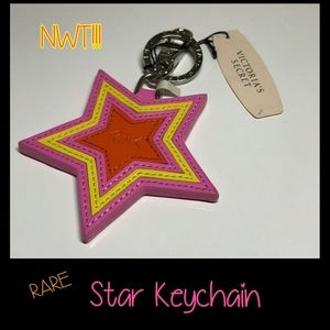 ☆Nwt☆ Rare VS PINK Star Keychain